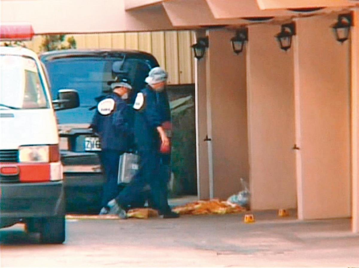 案發後,檢警趕到汽車旅館採證,也訪談所有入住過藏屍房的人。(東森新聞提供)