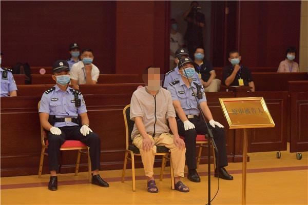 涉嫌殺童的張玉環被羈押27年,昨日開庭再審。(翻攝新浪網)