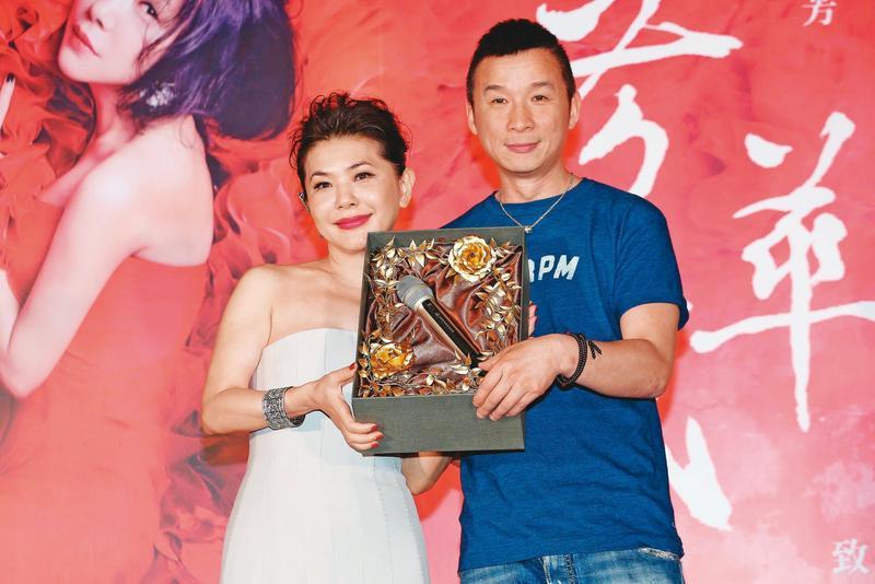 張清芳(左)婚後歌唱事業幾乎全中斷,離婚後傳出可能由昔日的歌唱事業夥伴陳鎮川(右)擔任音樂經紀人。(東方IC)