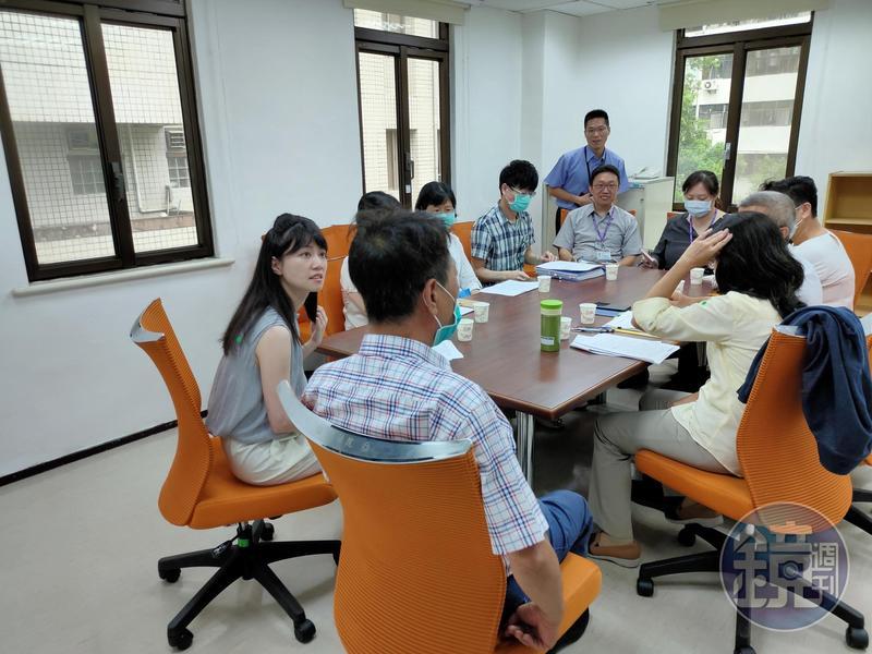 民進黨立委高嘉瑜今為張姓大亨印鑑證明案開協調會。