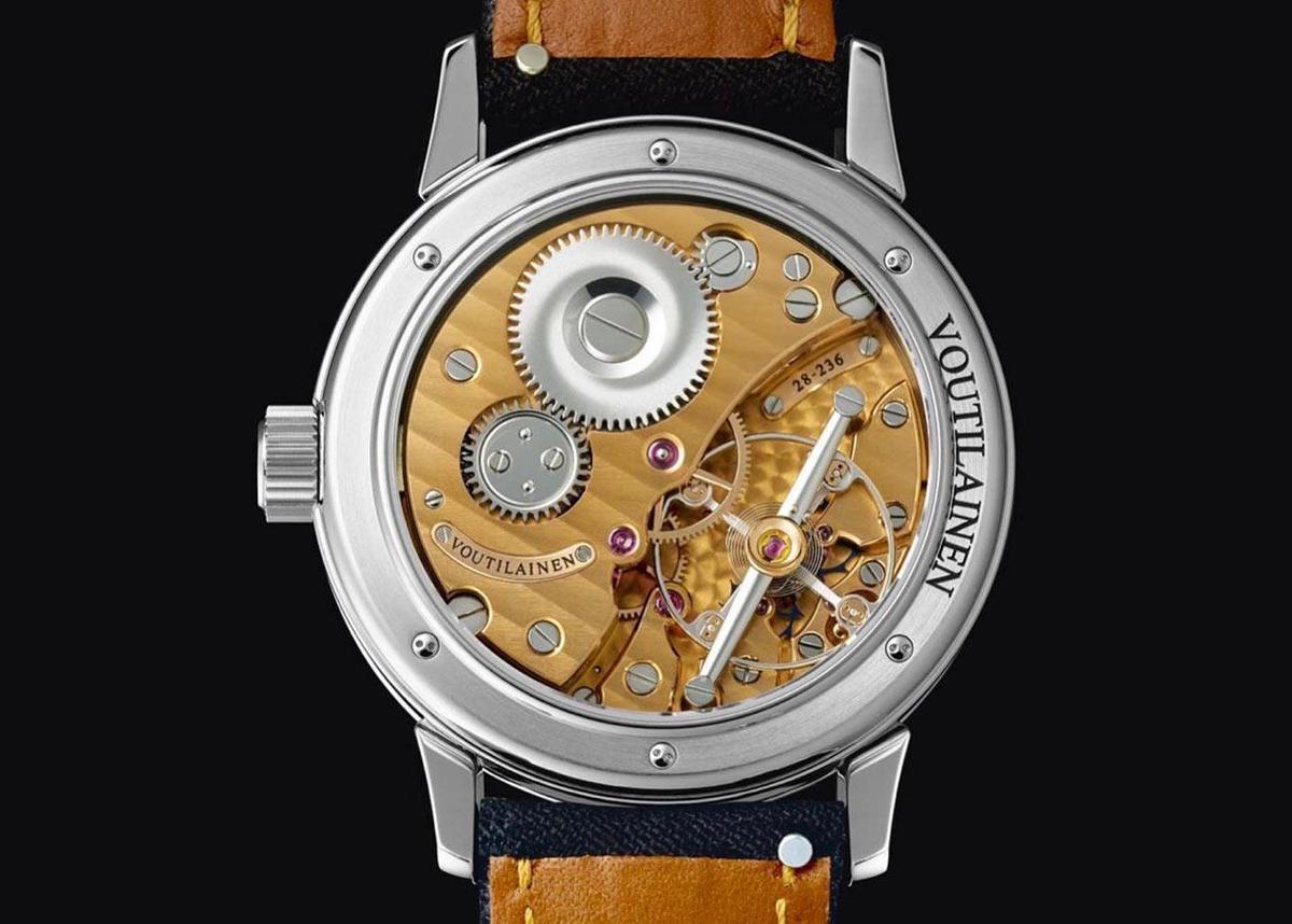 28Sport腕錶的機芯從拋光打磨紋路到機板佈局,都是Kari Voutilainen一貫的風格,同時並具備招牌的「雙擒縱輪」衝擊式天文台擒縱結構。