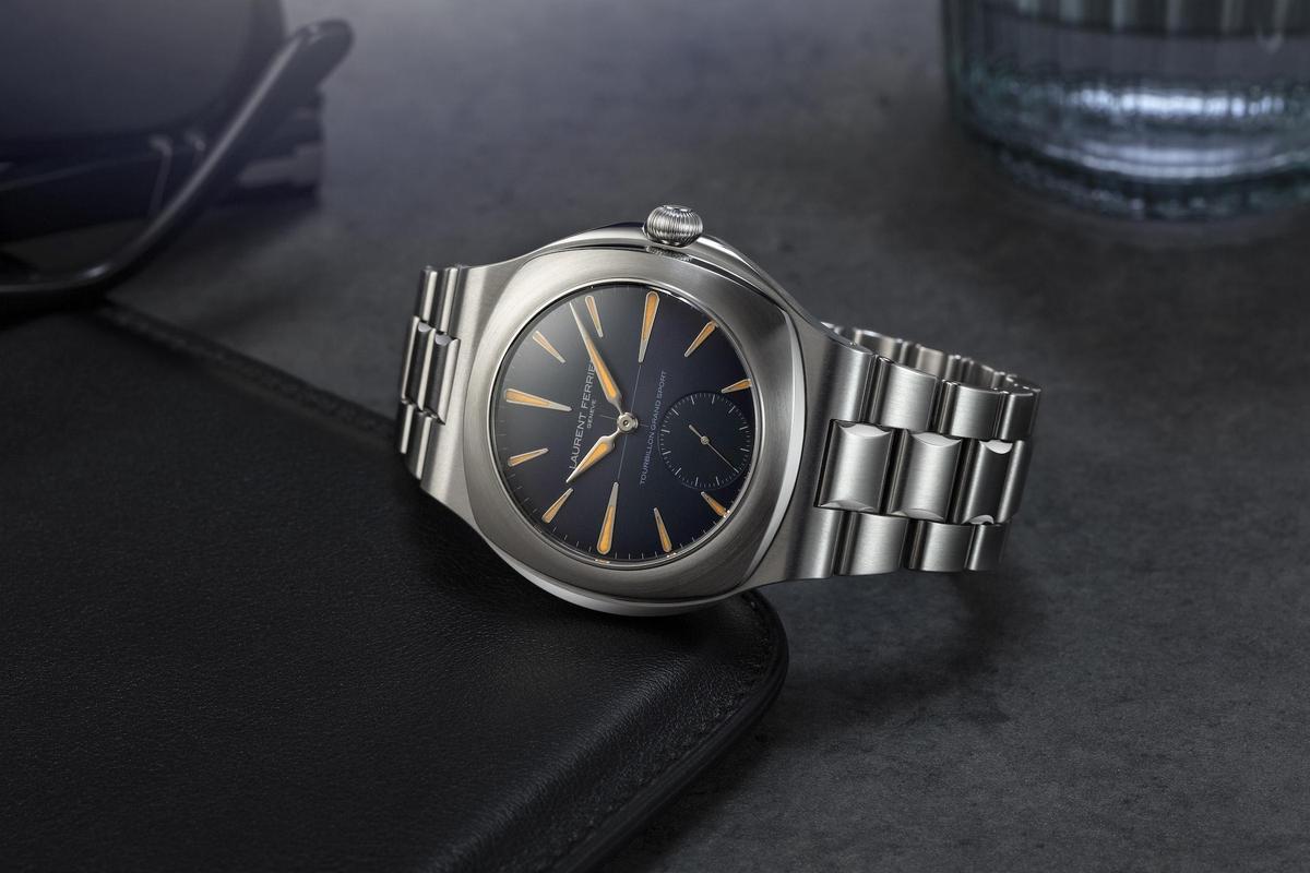 去年正式發表的LAURENT FERRIER Tourbillon Grand Sport腕錶,在今年推出新色選擇。