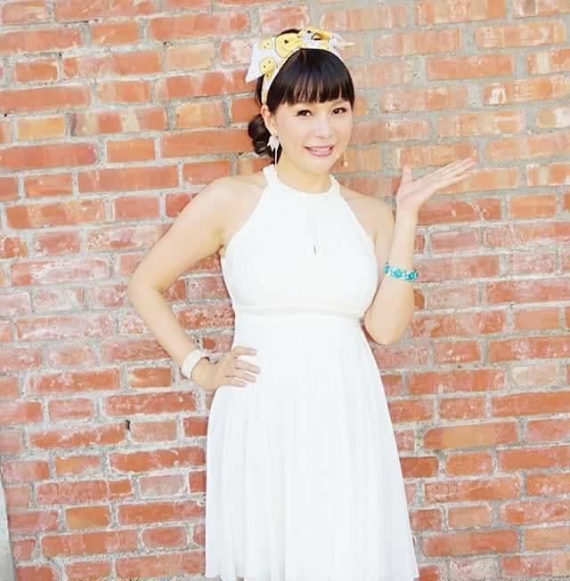 林玉紫早年未婚生女,前年嫁給大她15歲的苗栗南庄民代詹永煌。(翻攝自林玉紫臉書)