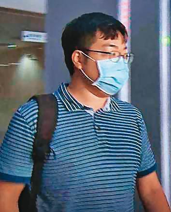 台北市政府建管處科員周宗錡涉嫌向電梯業者索賄,北檢訊後依貪汙罪將他以10萬元交保候傳。(東森新聞提供)