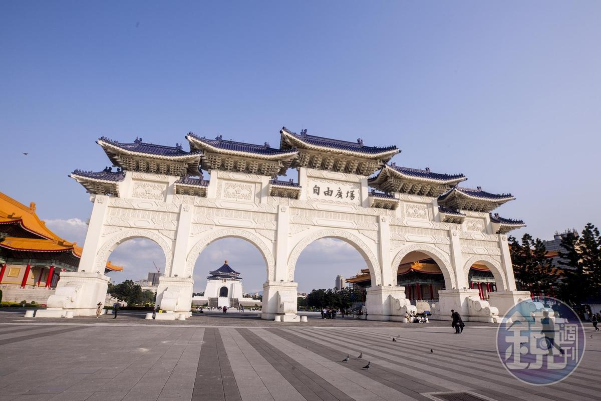 無黨籍立委林昶佐提案,希望將國會遷往中正紀念堂。