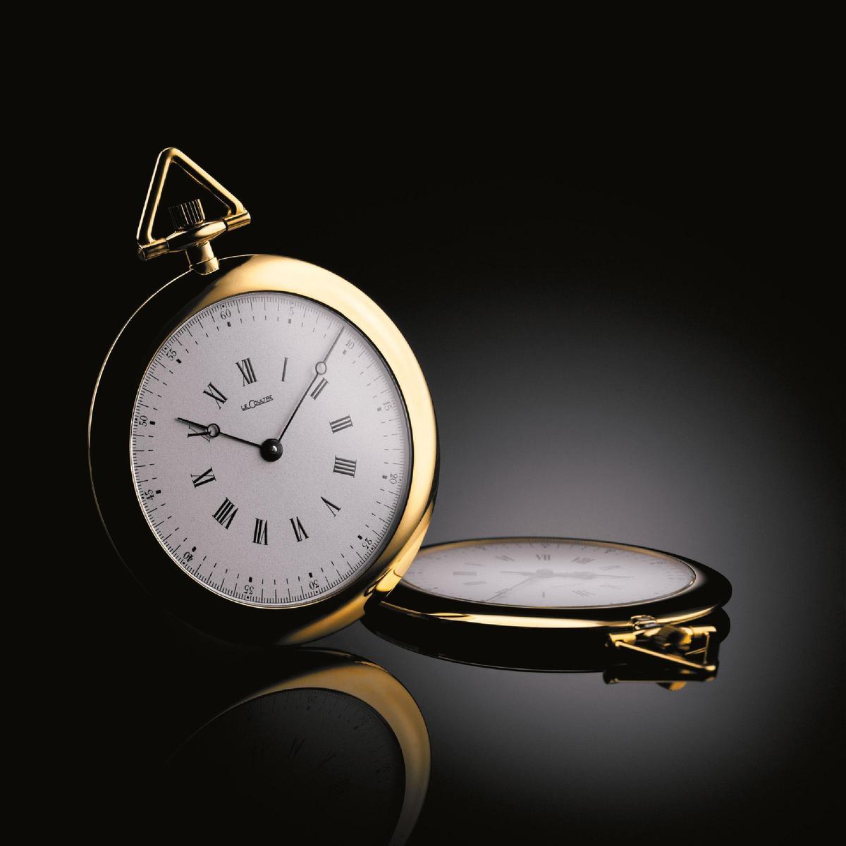 全新的「KINGSMAN」主題限量錶是以1907 年面世的著名「Couteau」懷錶為靈感打造而成。