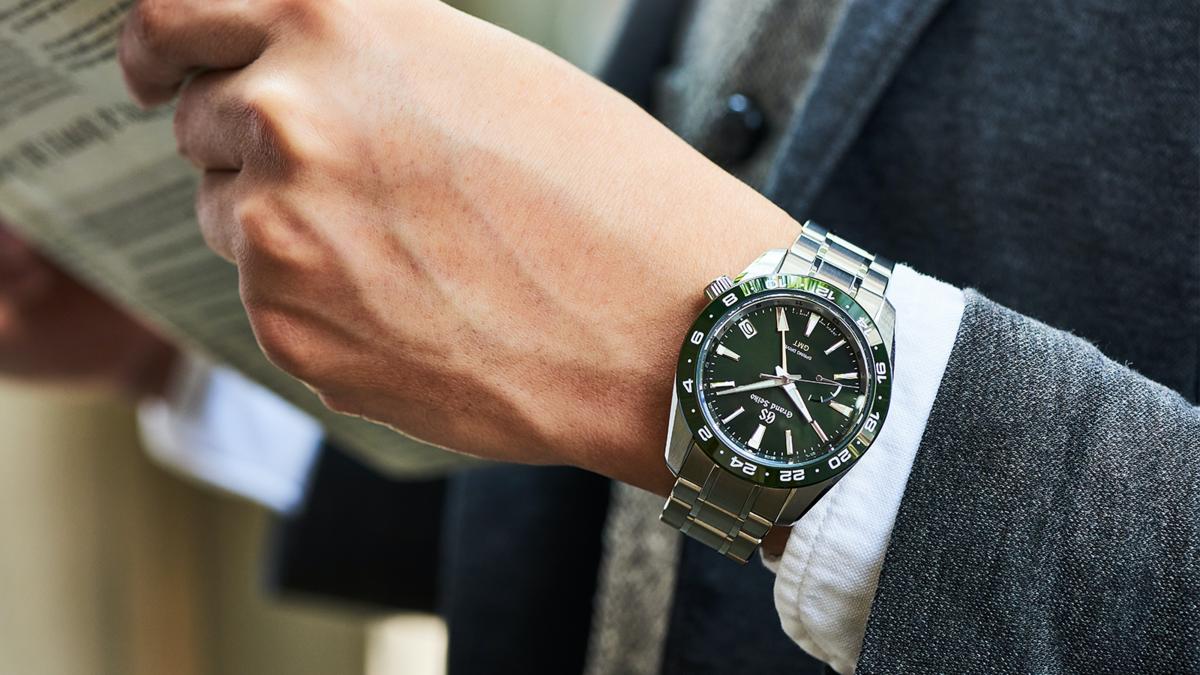 GRAND SEIKO的運動錶在資深設計師久保進一郎的詮釋下,定位是「具機能性的正裝錶」,因此不會散發出典型運動錶會有的粗獷感,而是具備進階性能的日常佩戴款。