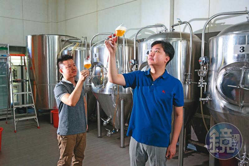 台風的啤酒都會加入一些臺灣元素,像是臺灣桂花、屏東冬蜜、東山的炭焙龍眼乾。