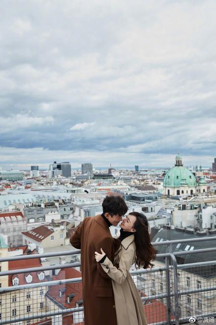 唐嫣與羅晉前年在維也納舉行婚禮,拍了許多浪漫婚紗照。(網路圖片)