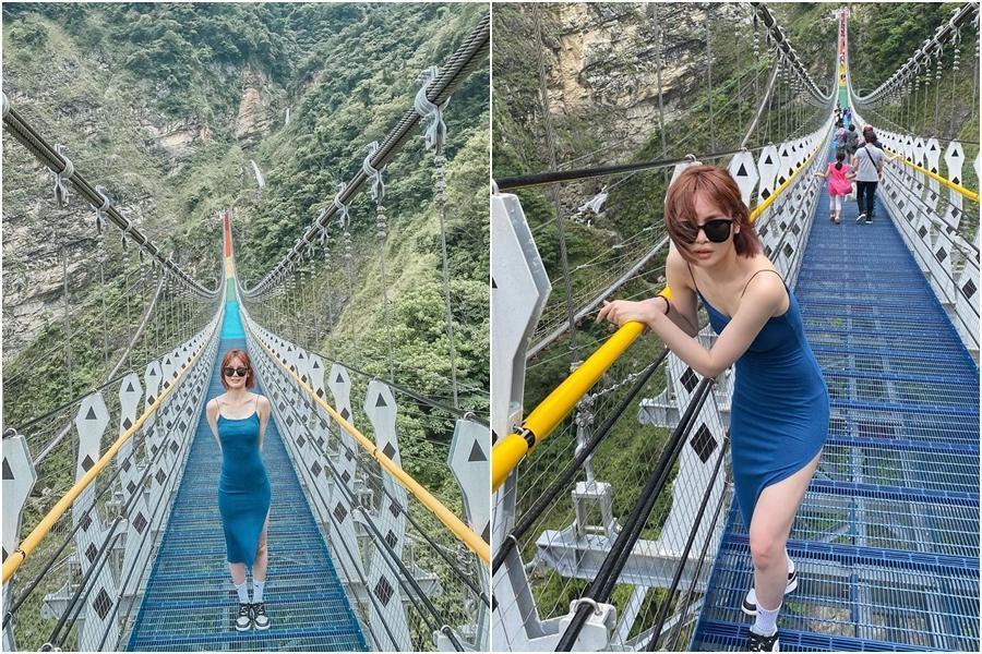 舒子晨穿著開高衩的洋裝走吊橋,大方露出美腿。(翻攝自舒子晨IG)