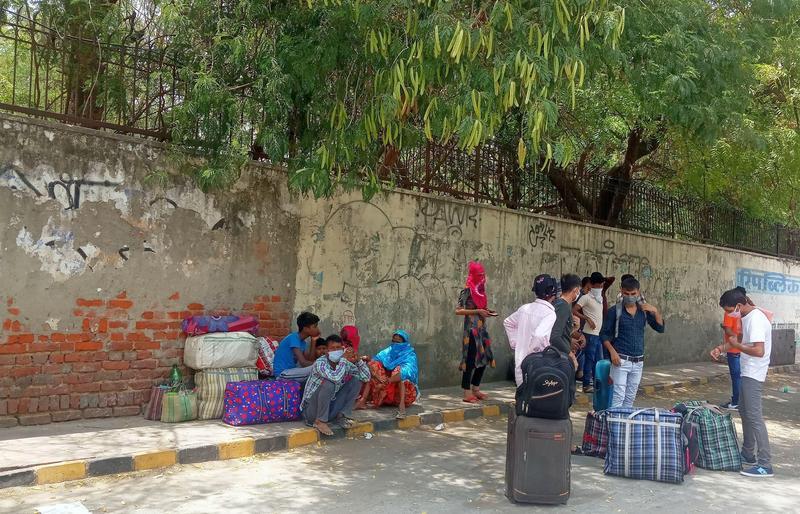 印度德里因疫情而封城,移工被迫返回家鄉。(Sumita Roy Dutta提供)