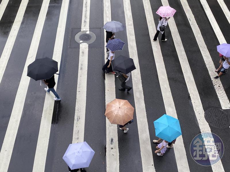 下週日台灣轉為有雨的天氣。(資料照)