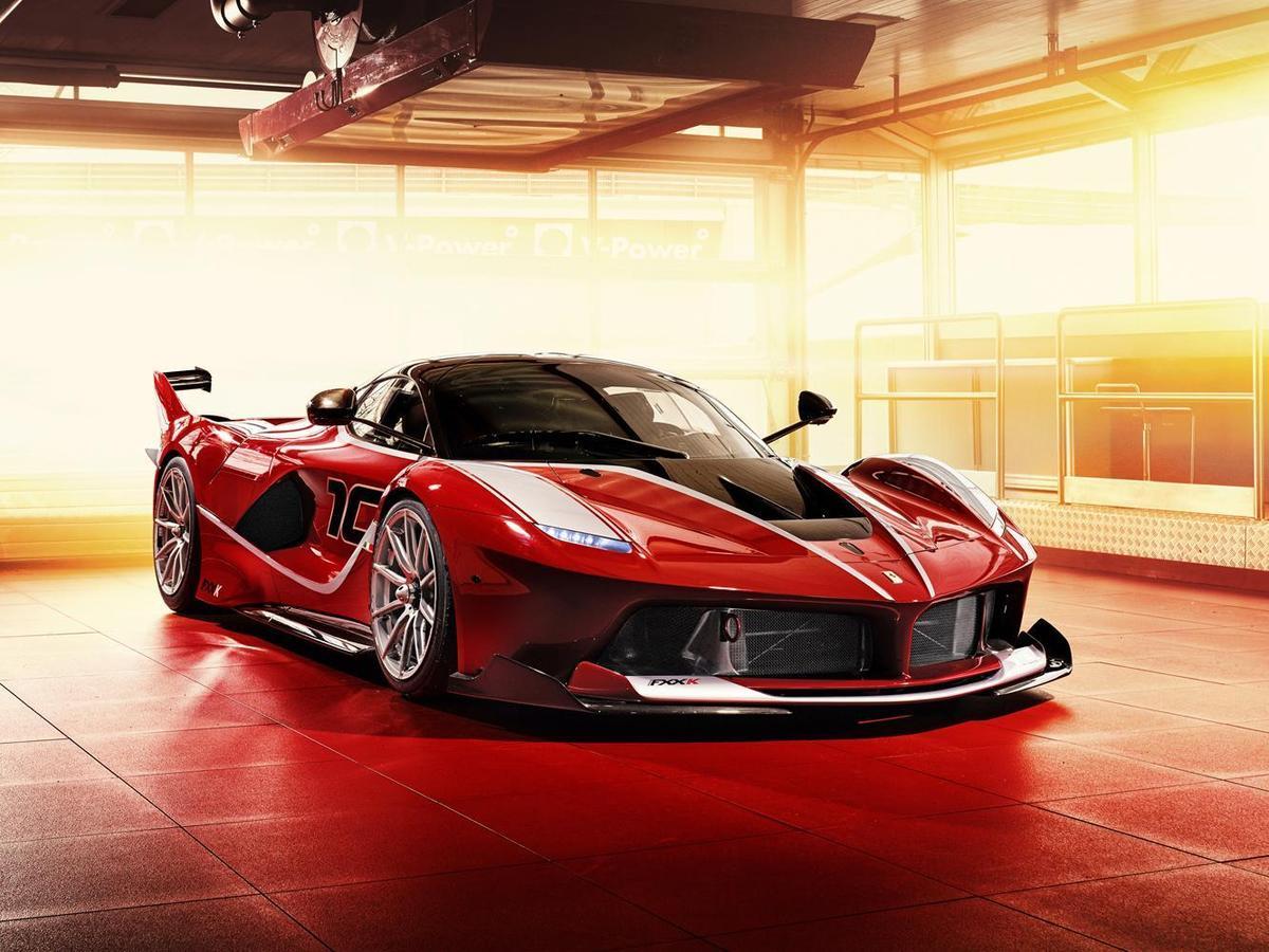 根據統計,購買FERRARI的消費者有45%都選擇了「FERRARI紅」色車款。