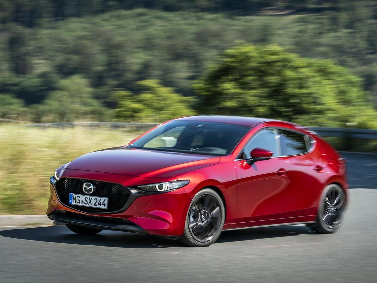 「魂動紅」是MAZDA最暢銷的車色,彷彿買了MAZDA不選「魂動紅」就少一昧般,足見其魅力所在。