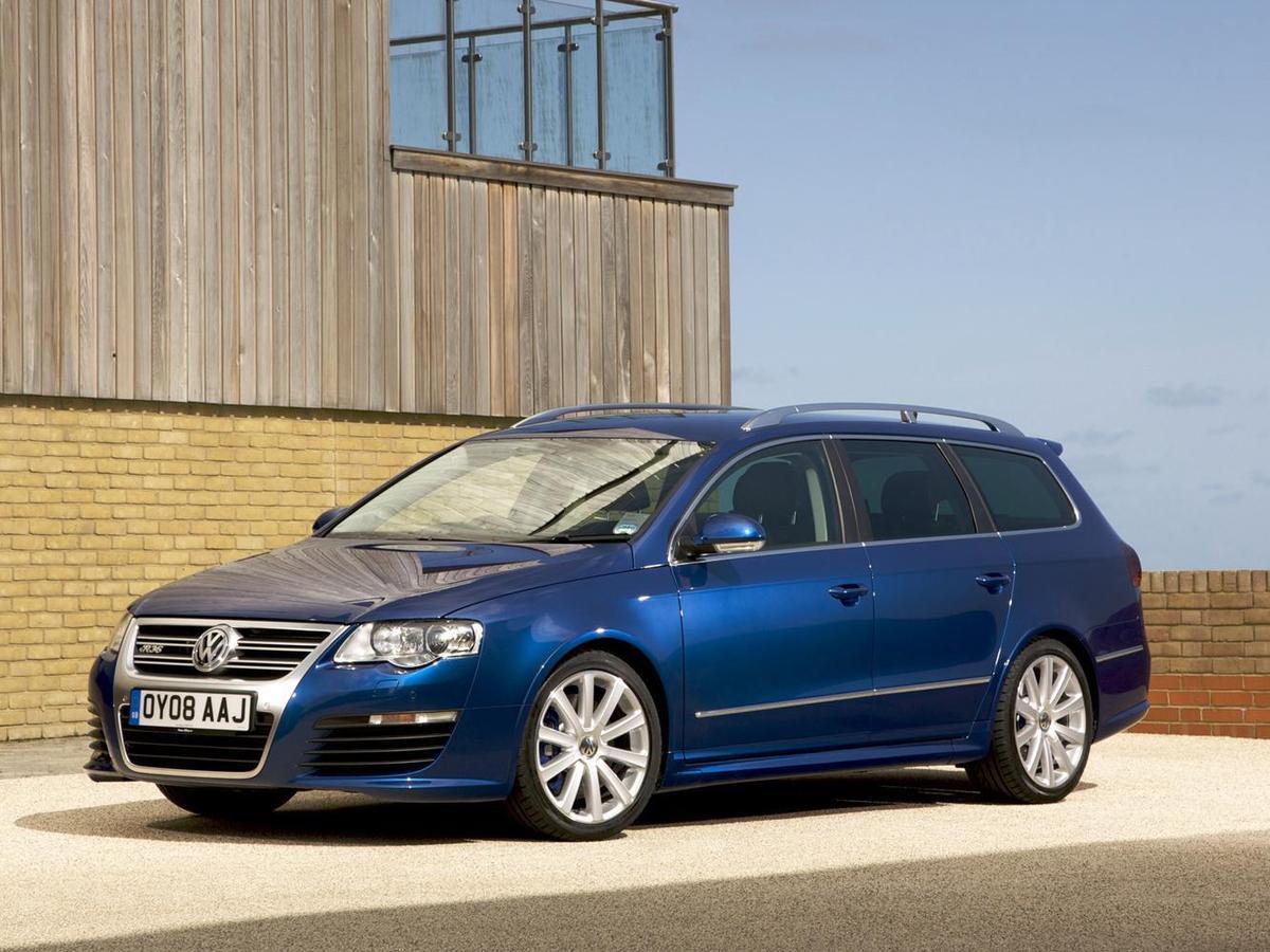 很多人對於「比斯開藍」的印象都來自於2009年發表、經典的Passat R36旅行車。