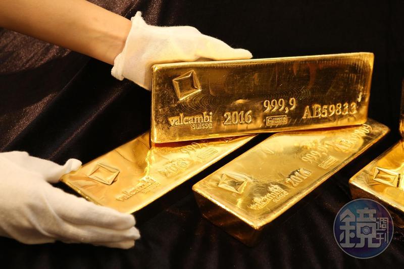 金價屢創歷史新高,期貨價格一度站上每盎司2000美元。
