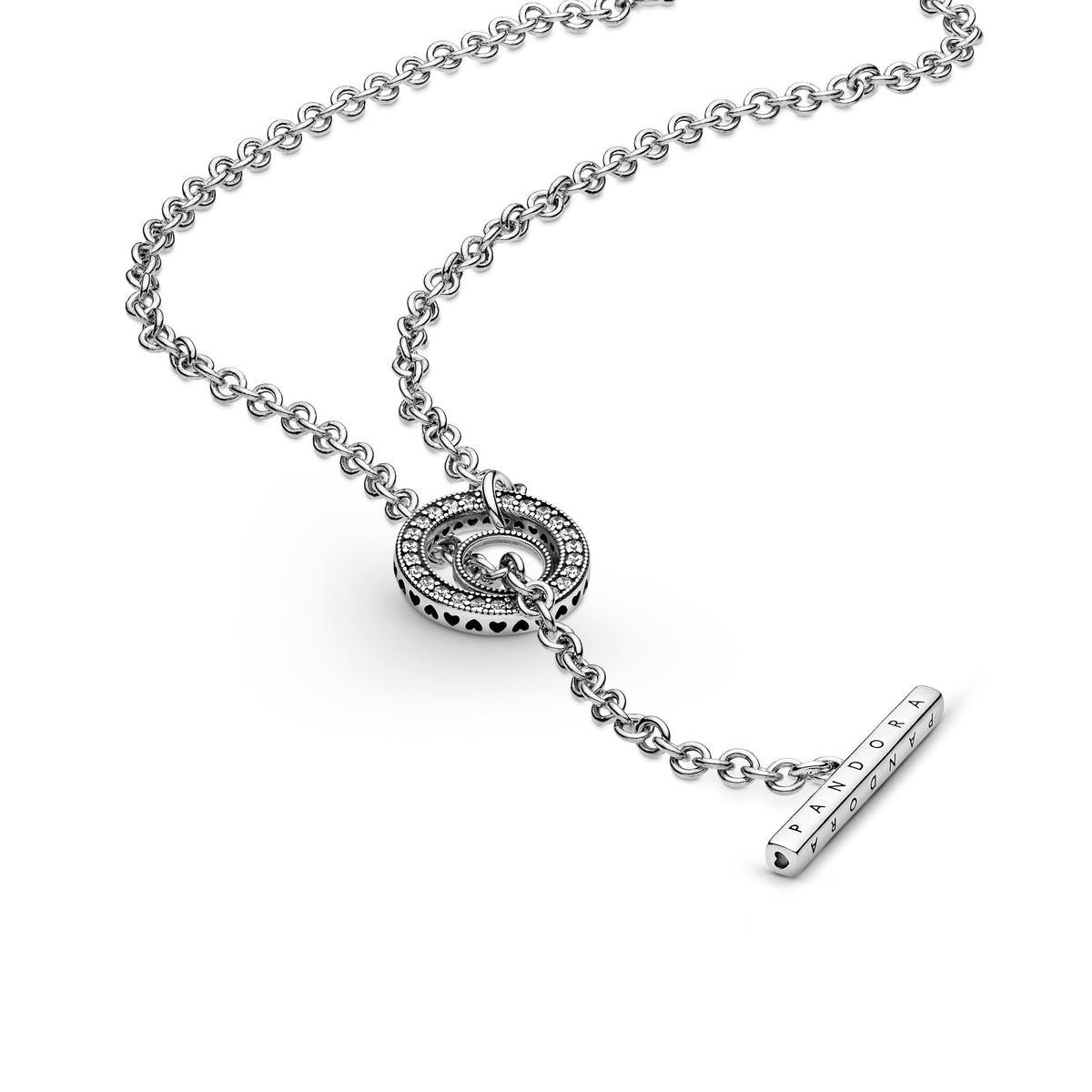 .PANDORA Signature 925銀T釦長項鍊。NT$3,980。(PANDORA提供)