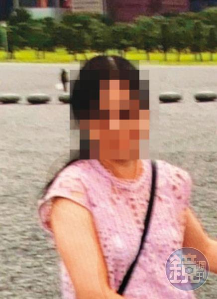 鄭姓女祕書(圖)比陳怡年輕了14歲,2人已共事逾10年。(讀者提供)