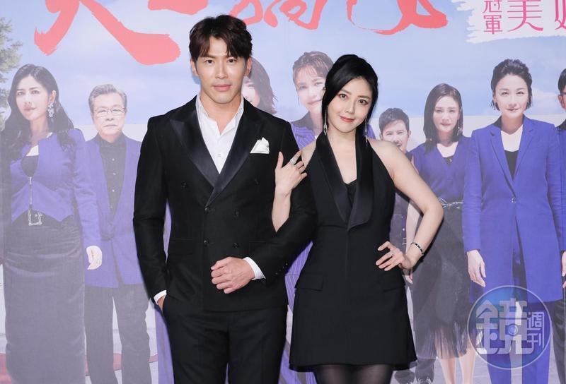 黃少祺與韓瑜在《天之驕女》有大尺度演出。