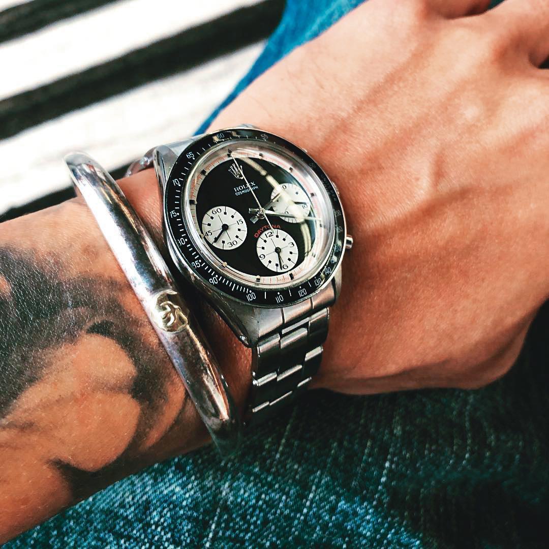愛車也愛名錶的余文樂,很愛收藏特別版的勞力士,傳聞名錶總值可買香港豪宅。(翻攝自余文樂IG)