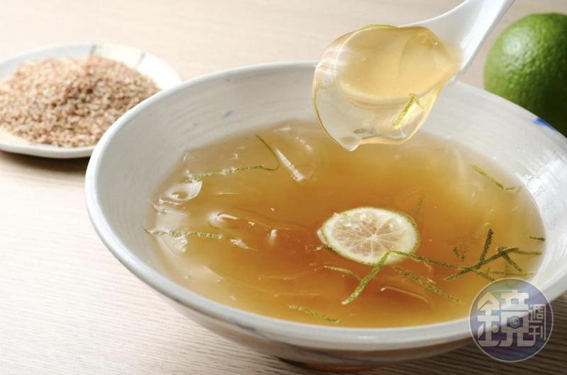 清涼可口的愛玉是許多人心中的消暑聖品,但竟只有台灣有出產,消息一出網友紛紛表示震驚。