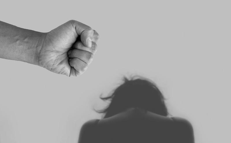 34歲男性白嫖還恐嚇施暴,遭檢方以傷害罪起訴。(示意圖,Pixabay)