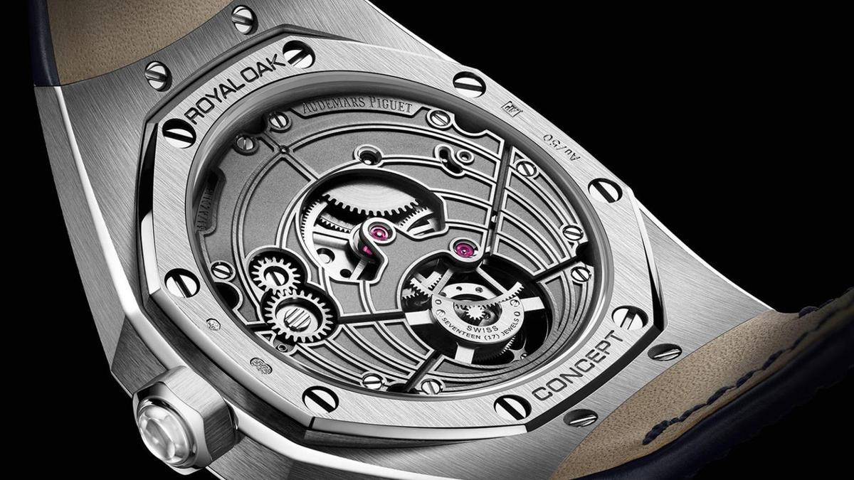 錶款搭載APRP操刀的2964手動上鍊機芯,動力儲存達72小時,板路的設計像是面盤的拓印般,是錶面圓弧設計的移植,現代感十足。