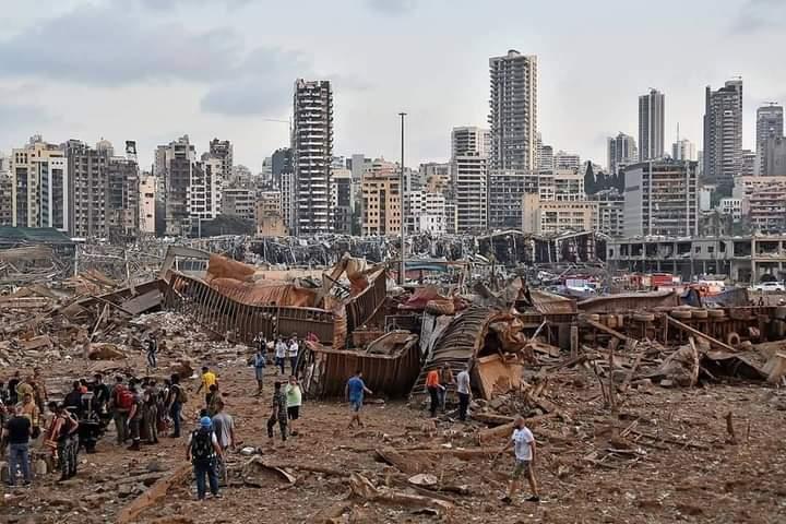 貝魯特4日發生大爆炸,造成逾160人死亡、6,000人受傷。(翻攝自推特)