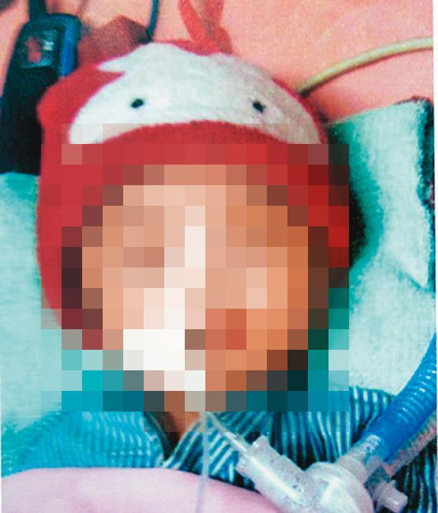 3個月大的女嬰香香喝下加鹽的奶粉,最終因高血鈉症死亡。(翻攝畫面)