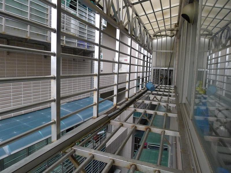 張婦竊佔鄰居房屋,還自費加裝鐵窗防盜極為諷刺。(示意圖。攝影師:Kenming Wang,連結:Flickr)