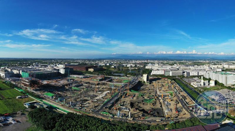 台積電宣示台南躍升全球半導體的重鎮,帶動台南房市一路從園區周遭暢旺至大台南地區,掀起外地建商搶地、外地人搶房的熱潮。