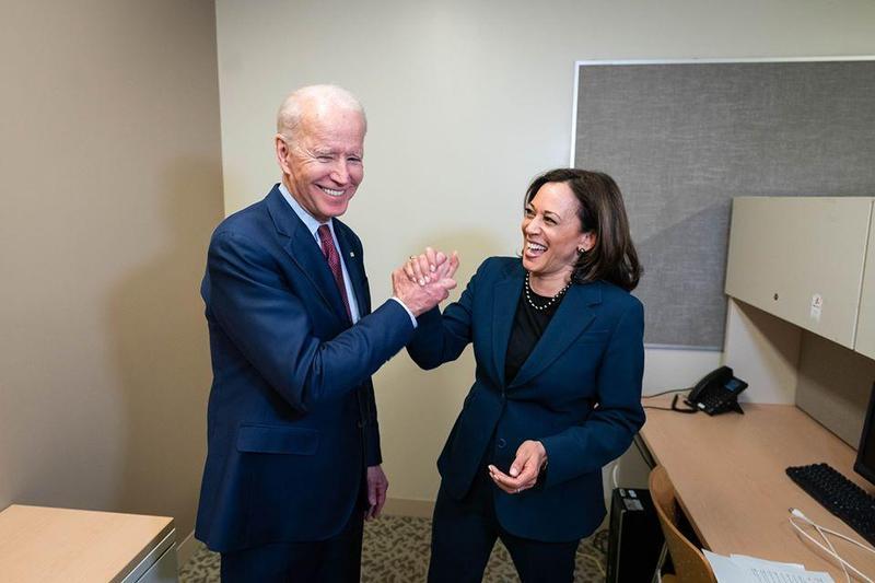 民主黨準總統候選人拜登(Joe Biden)將和來自加州的聯邦參議員賀錦麗(Kamala Harris)一起搭檔,挑戰美國總統大選。(翻攝自Joe Biden臉書)