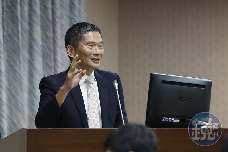 文化部長李永得宣布,藝FUN券2.0於月底開放註冊。