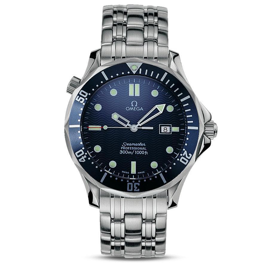 1995年的《黃金眼》(Goldeneyes)還是皮爾斯布洛斯南(Pierce Brosnan)的龐德時期,當時他在電影中戴的就是這只海馬300米石英潛水錶,翻開了OMEGA和007系列電影合作的第一頁。