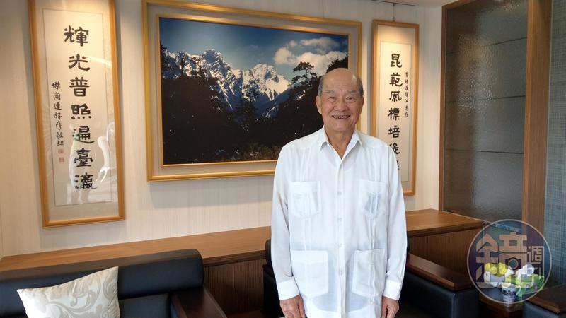 黃昆輝教授教育基金會董事長黃昆輝投身公益事業,他曾追隨李登輝前總統多年,黃昆輝表示,永遠懷念李前總統的美好。