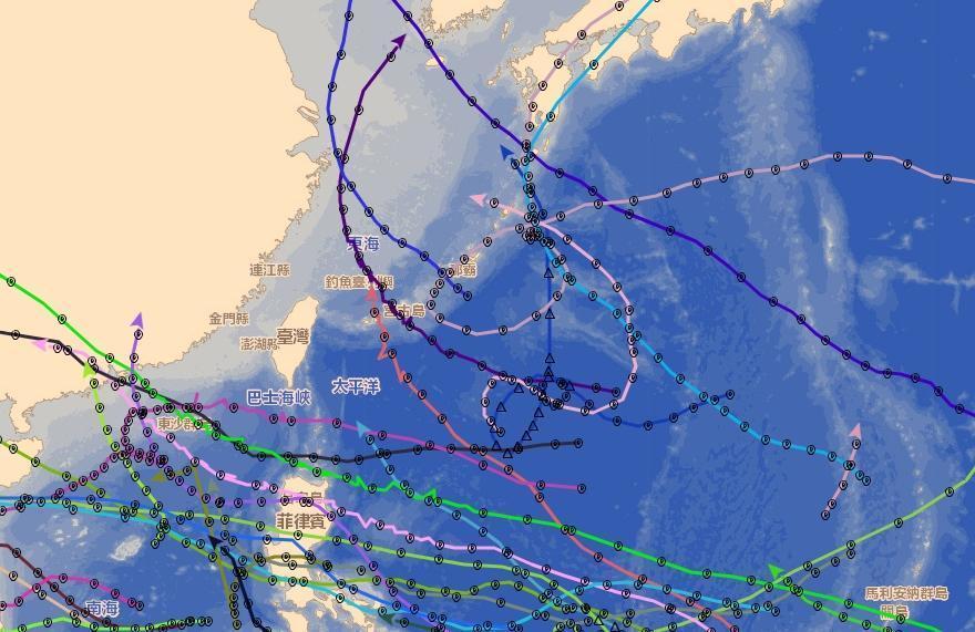 1964年颱風生成多達36個,但都完美迴避台灣。(翻攝自氣象局颱風資料庫)