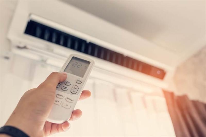 有網友實測將變頻冷氣連開2個月,收到帳單時金額高達6千多元。(shutterstock)