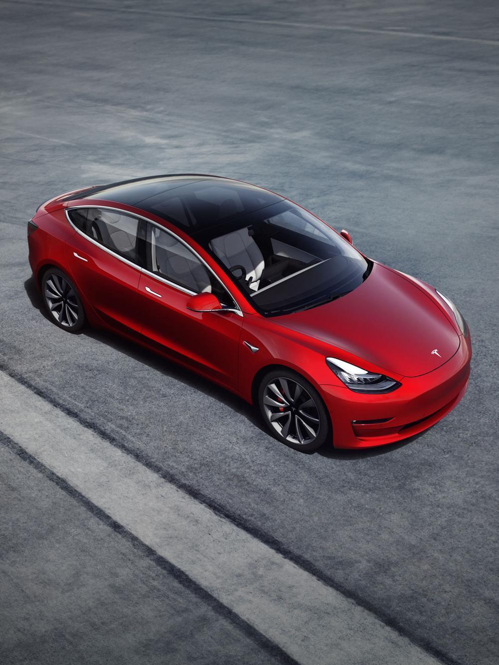 高人氣的入門電動車--TESLA Model 3