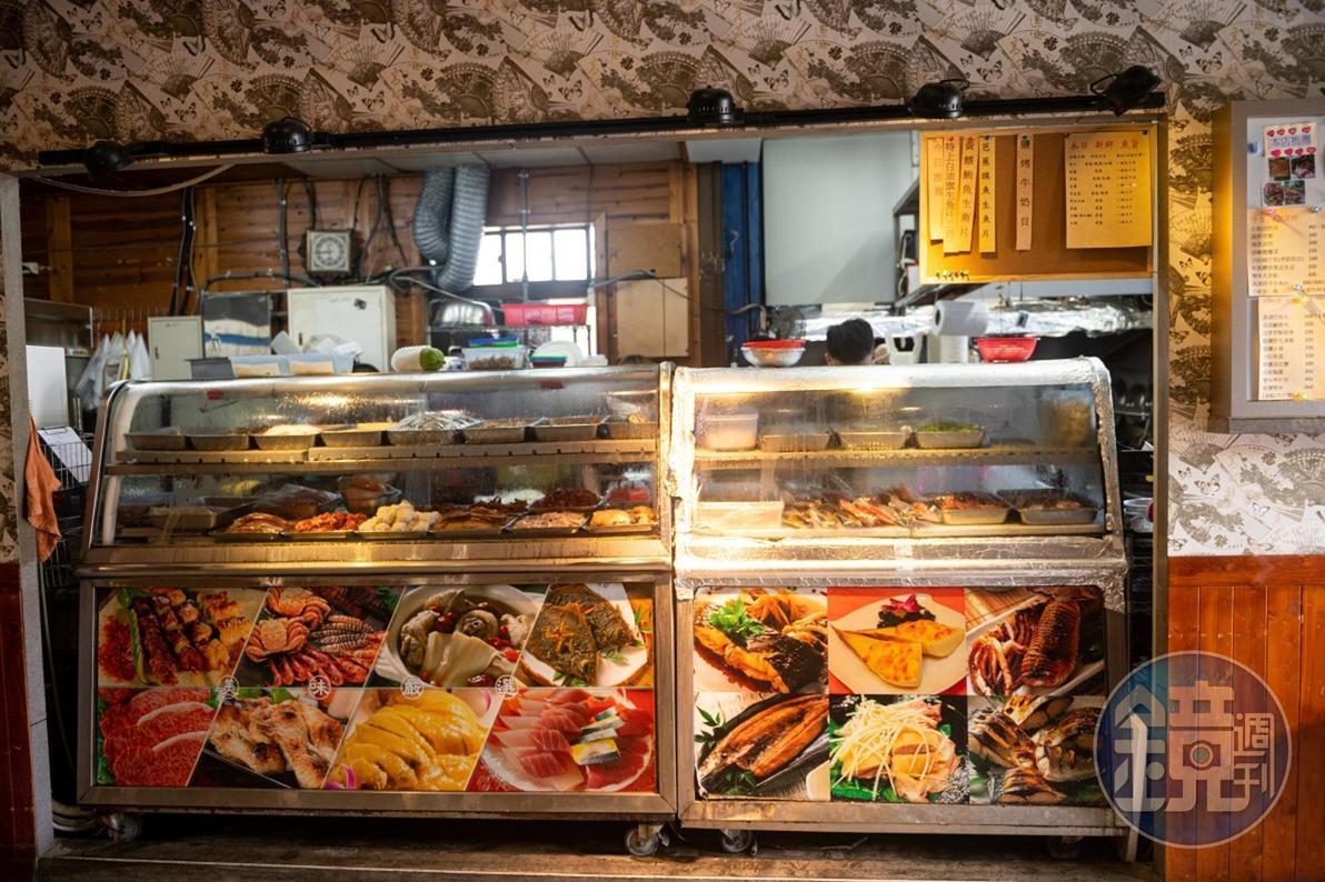 在「開喜小吃部」可品嘗到台東新鮮的山珍海味。