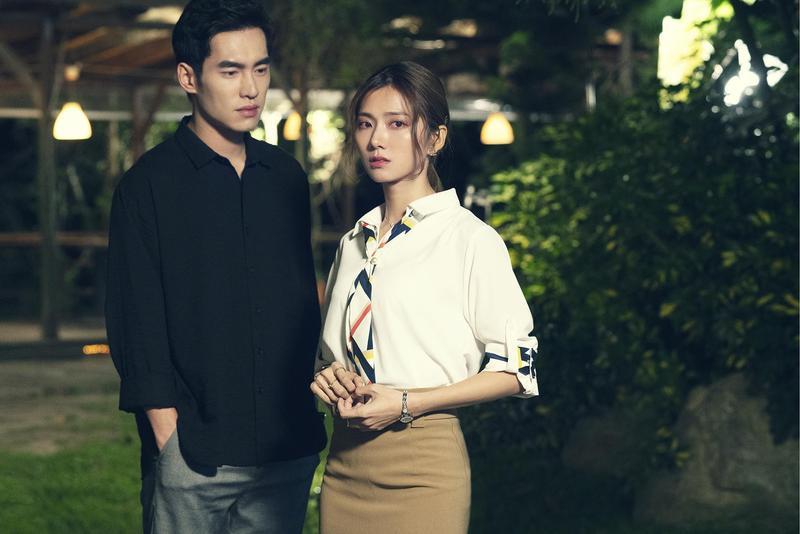 張書豪與蔡黃汝在《腦波小姐》是青梅足馬。(麗象影業提供)