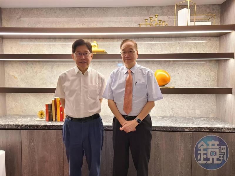 生華科是台灣第一家正式進入武漢肺炎臨床的新藥公司,圖為團隊董事長胡定吾(左)與總經理宋台生(右)。
