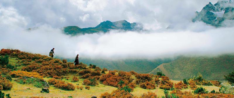 《不丹是教室》在海拔5,000多公尺的喜馬拉雅山脈冰川實地取景。(海鵬提供)
