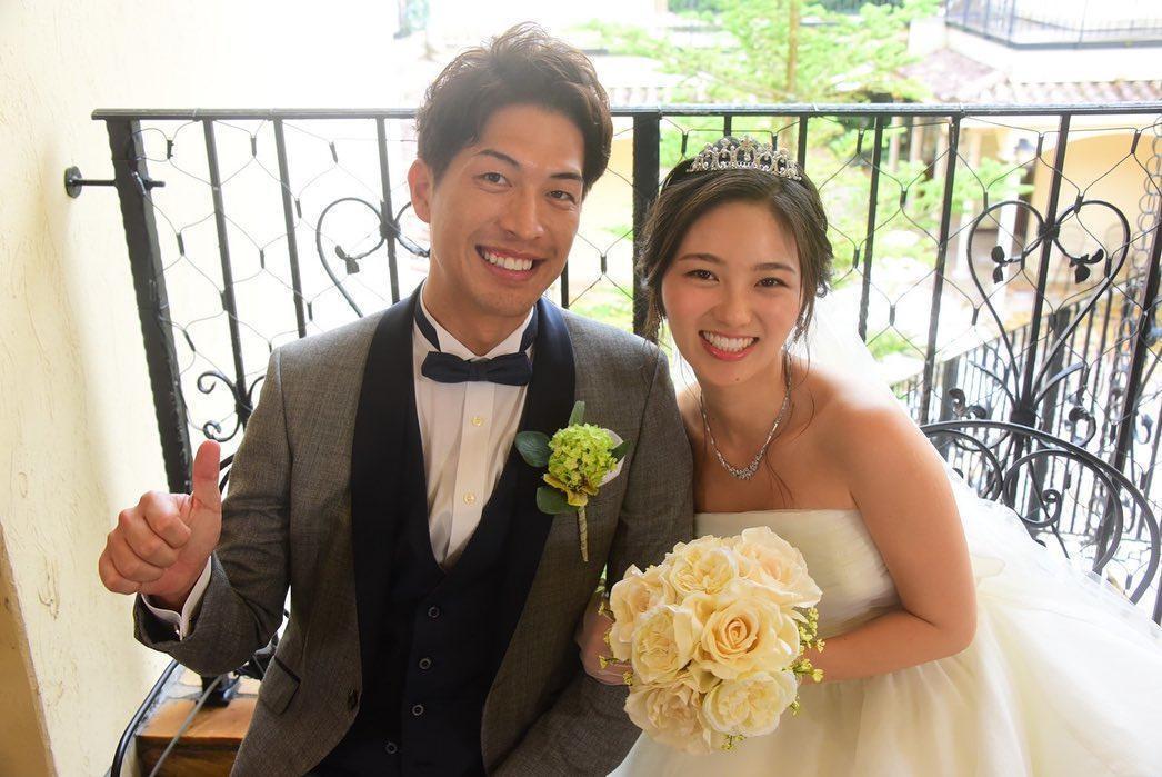濱崎麻莉亞(右)在《突然MARRIAGE》和西片圭佑結婚。(翻攝自西片圭佑IG)