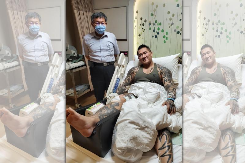 館長陳之漢昨晚在臉書貼出台北市長柯文哲前往醫院探視的照片。(翻攝自飆捍臉書)