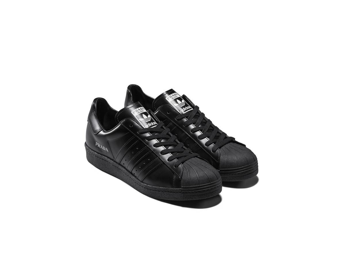PRADA Superstar黑色款。NT$15,500。(PRADA提供)