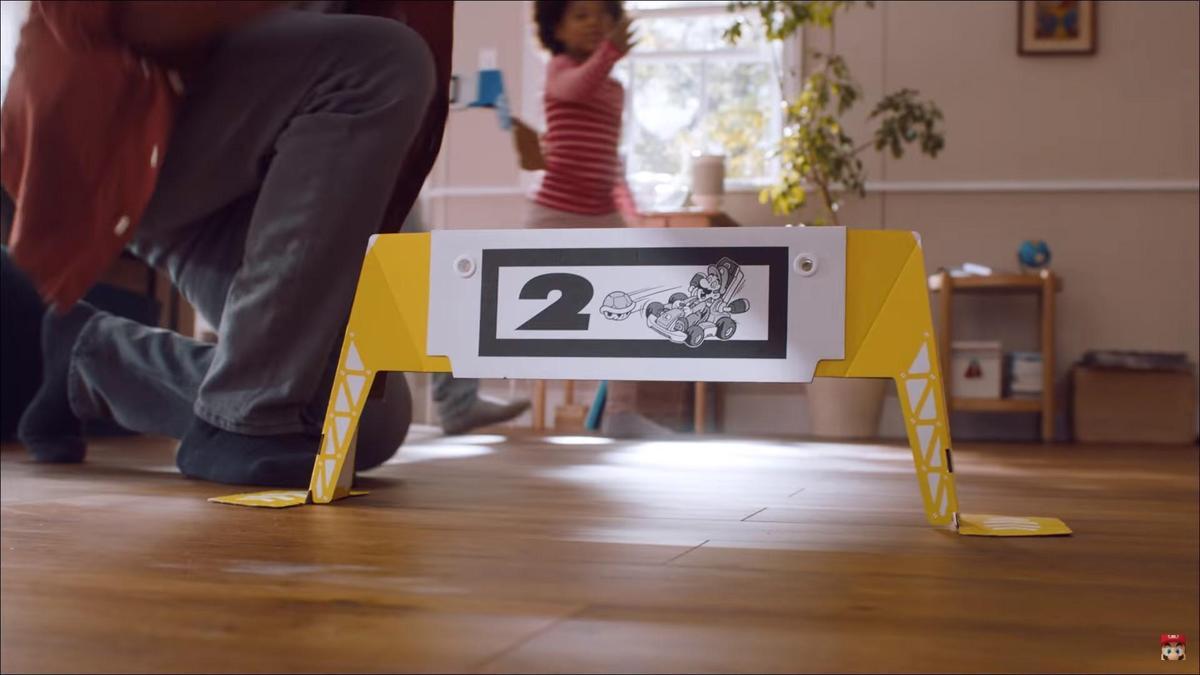 套組中提供拱門,可以自行擺放位置,決定賽車路線。(翻攝自Nintendo官方YouTube)