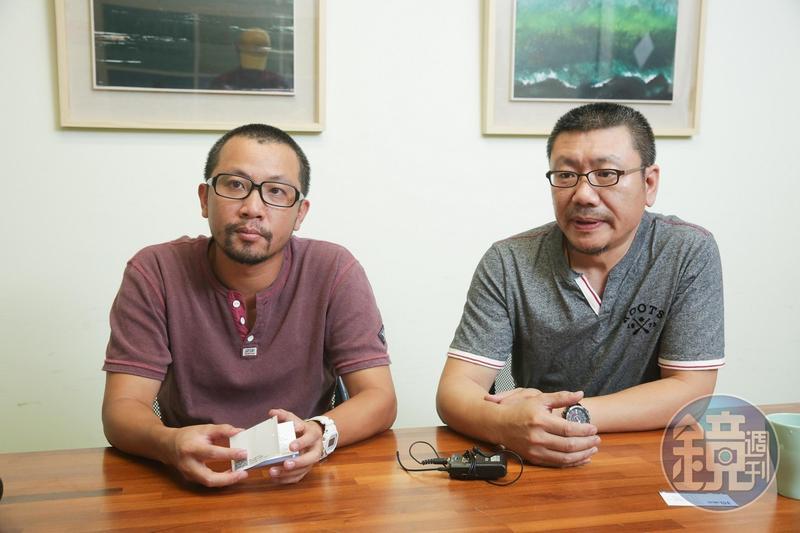 林佳鋒(右)、黃致凱(左)認為劇場產業要共好才能突破困境。(陳仁萱攝)