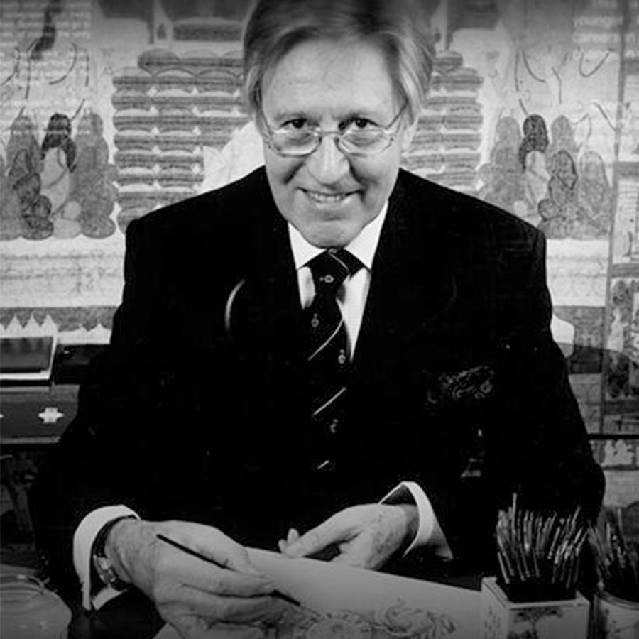 Gérald Genta是設計出PP金鷹、和AP皇家橡樹等經典錶款的大師,寶格麗的Bulgari Bulgari也是出自他的手筆。2000年的時候品牌轉手被寶格麗買下,去年GÉRALD GENTA 50週年的紀念,寶格麗也推出Arena特別款紀念這位歷史留名的製錶大師。