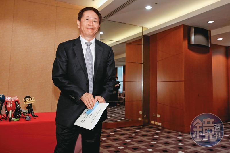 台積電董事長劉德音表示,「今年的生意好,台積電將徵才8千人,是往年的一倍。」