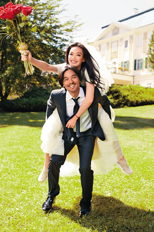 舒淇在2016年結婚,嫁的是跟她有多年情緣的馮德倫,當時消息十分突然。(寰亞公關提供)